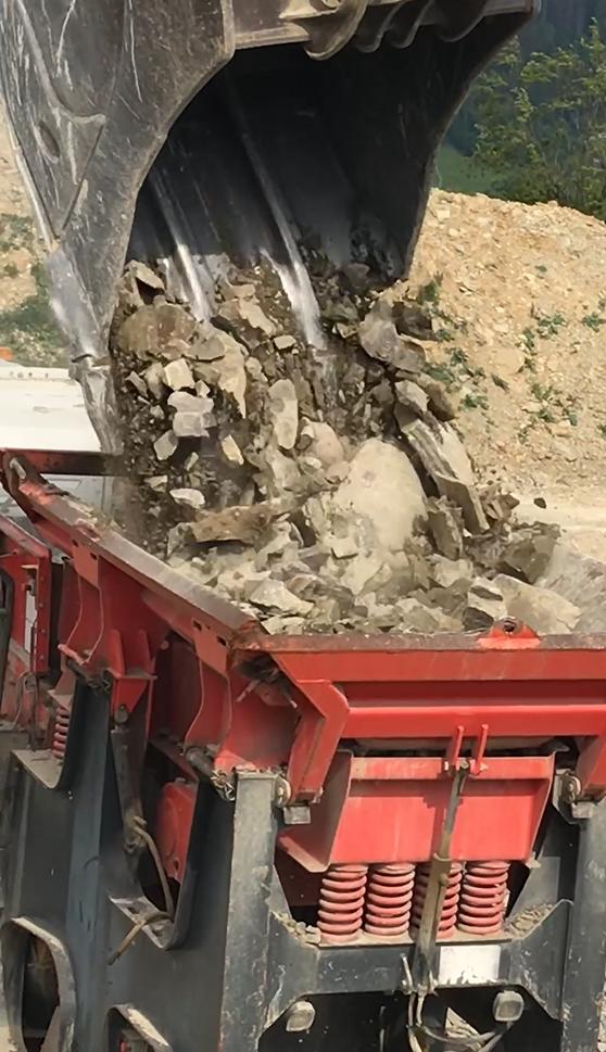 Recyklácia materiálov (drvenie kameniva a sute)